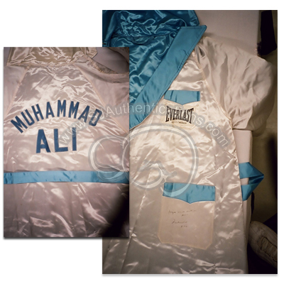 Muhammad Ali Thrilla in Manila Robe